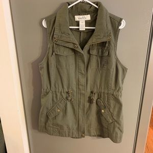Sebby Army Green Vest Large